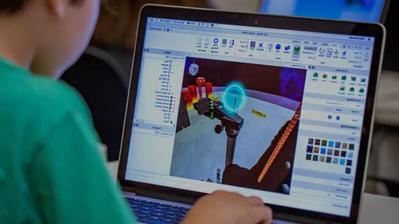 Roblox Studio What is it and how does it work?